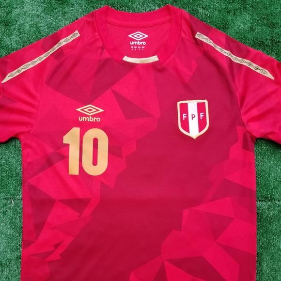 4864b1a55a8 2018 Peru 3rd kit soccer jersey Farfán. NWT. Umbro